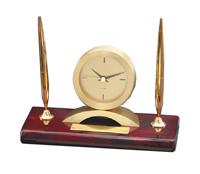 Elegant pen stand and clock combination